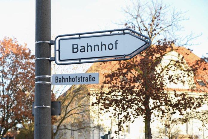Ein Muss in jeder Stadt: Die Bahnhofstraße.